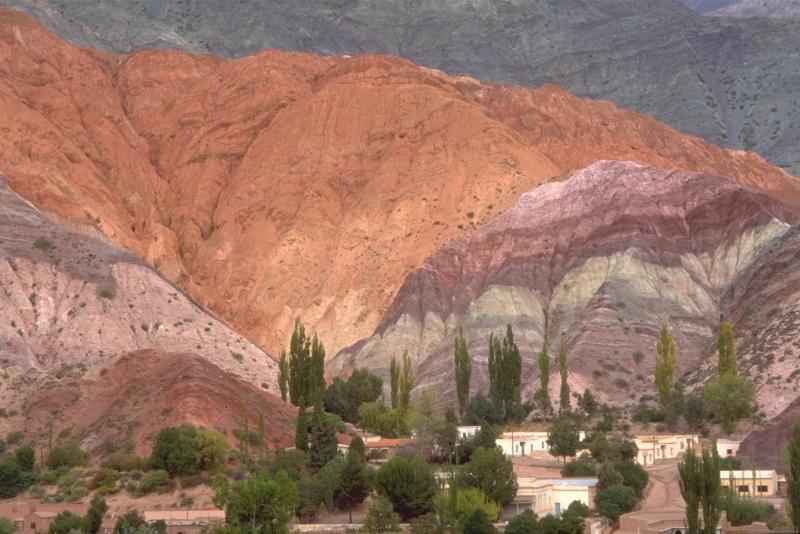 Le Cerro de los 7 colores
