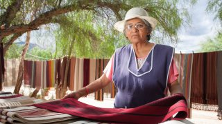 Seclantas poncho voyage salta argentine terra altiplano